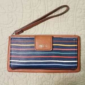 Relic by Fossil Checkbook Wristlet